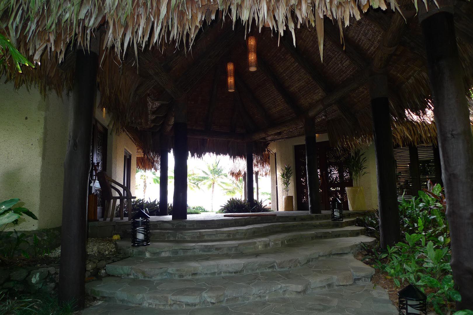 Fiji_Laucala_Villa-Maqo_003