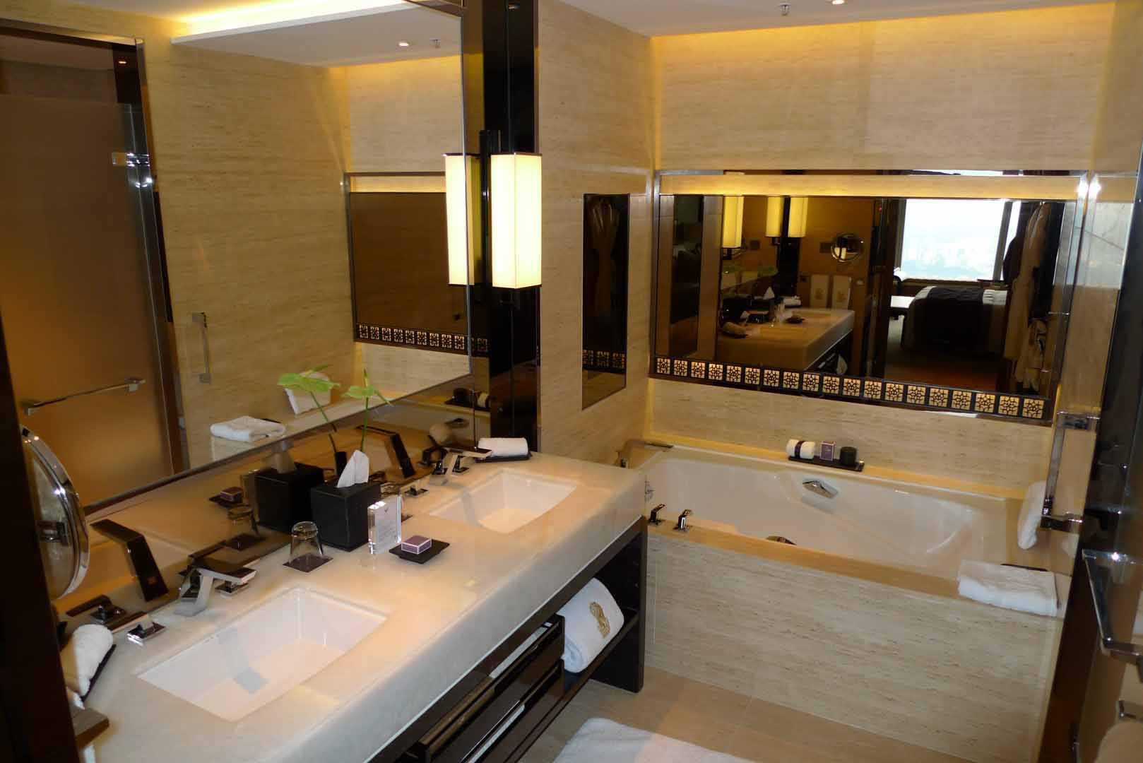 Hong-Kong_Ritz-Carlton__008