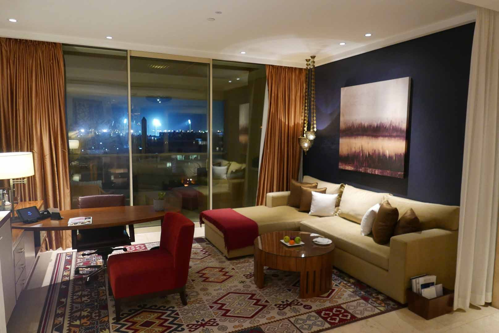 Dubai_Raffles_Slideshow_004