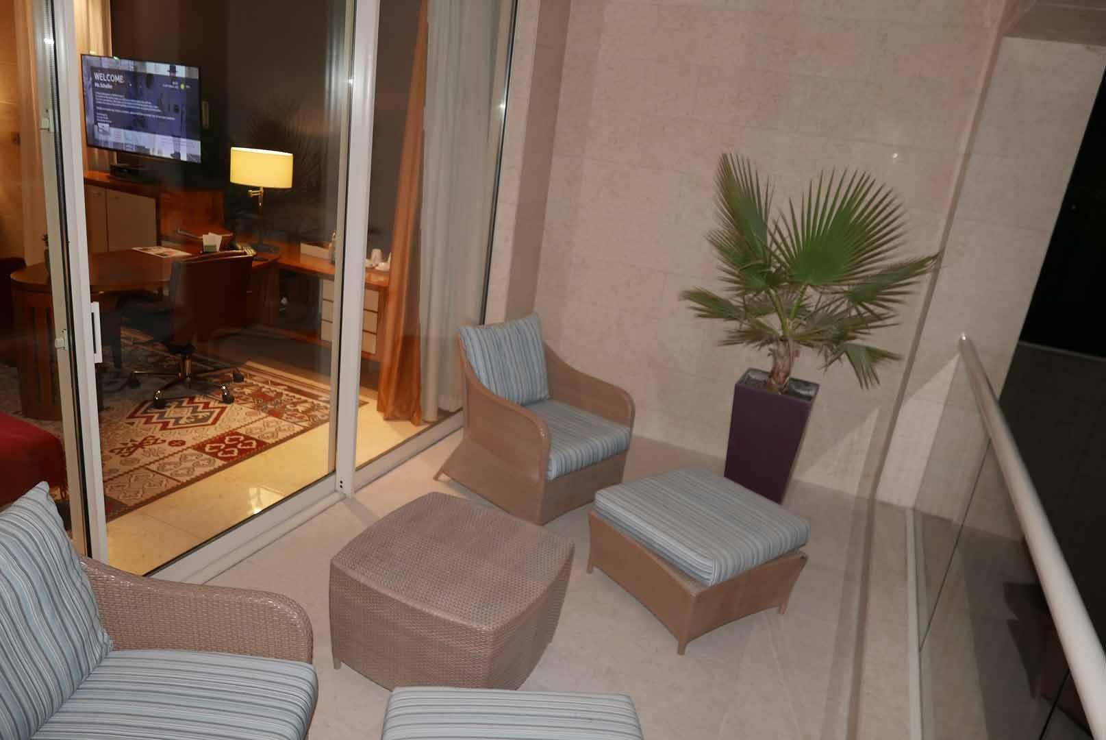 Dubai_Raffles_Slideshow_005