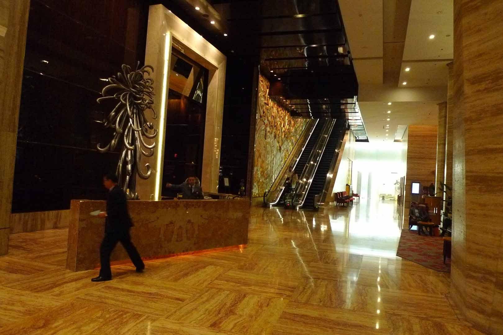 Shanghai_Hotel_Ritz-Carlton_001